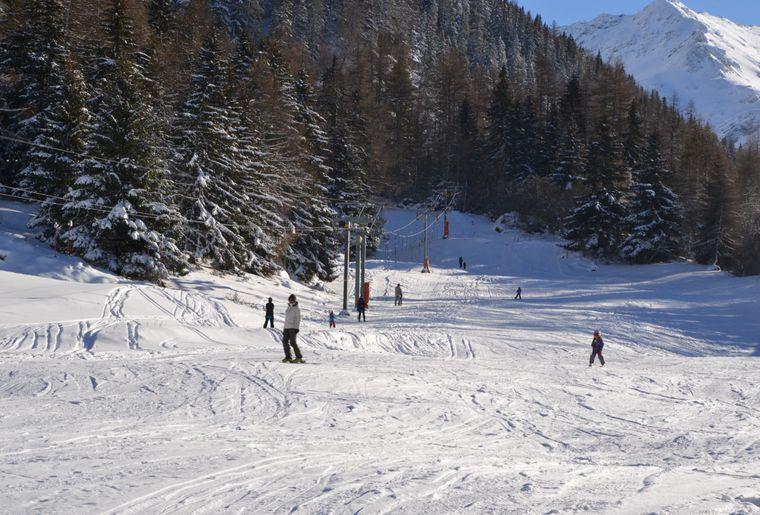 Ski-La_Lorette_Gaetan_Tornay_©_Pays_du_St_Bernard (1).JPG