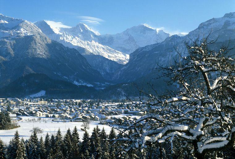 Winter Boedeli mit Jungfrau_1201x958px.jpg