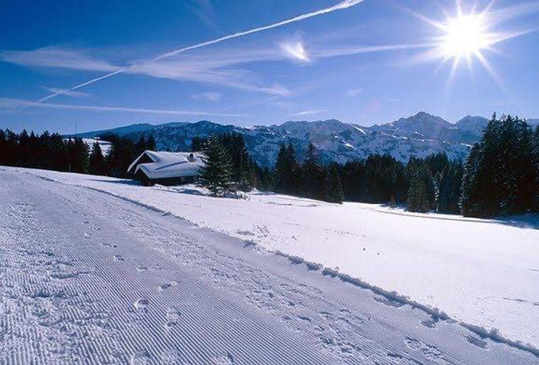 Winterwanderung Jaunpass 2 c Lenk-Simmental Tourismus AG.jpg