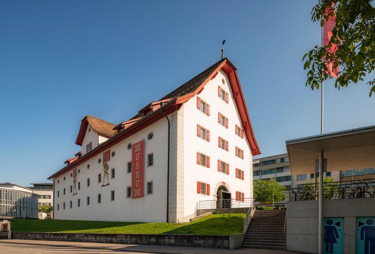 Forum_Schweizer_Geschichte_Schwyz_Aussen_ZUE7572_(c)zuerrer.jpg