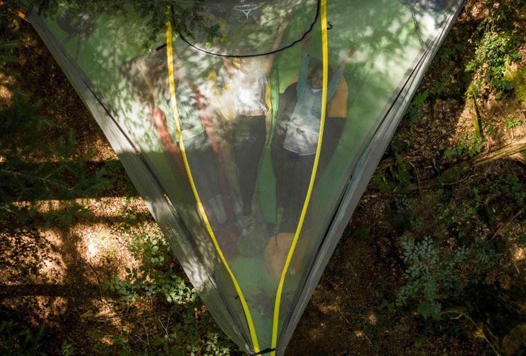 (c) Skepping_Familienabenteuer im Baumzelt_Das bequeme Baumzelt von oben.jpg