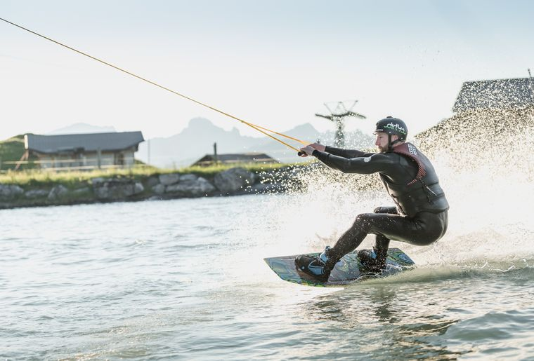 Wakeboarding 1.JPG