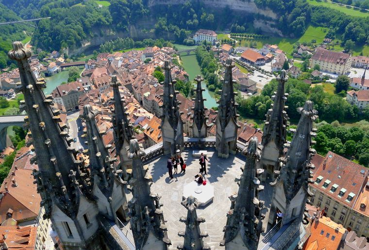 Kathedrale St. Nikolaus Freiburg c Fribourg Région.jpg