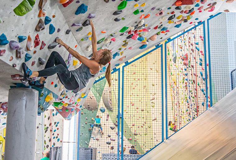 sport-freizeit_kletterhalle_2.jpg
