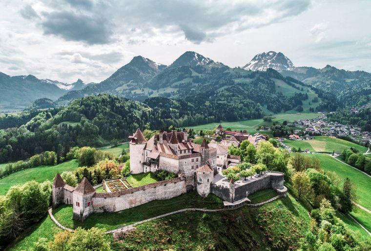 Das Dorf Gruyères gehört zu den schönsten der Schweiz c Nicolas Schmid.jpg