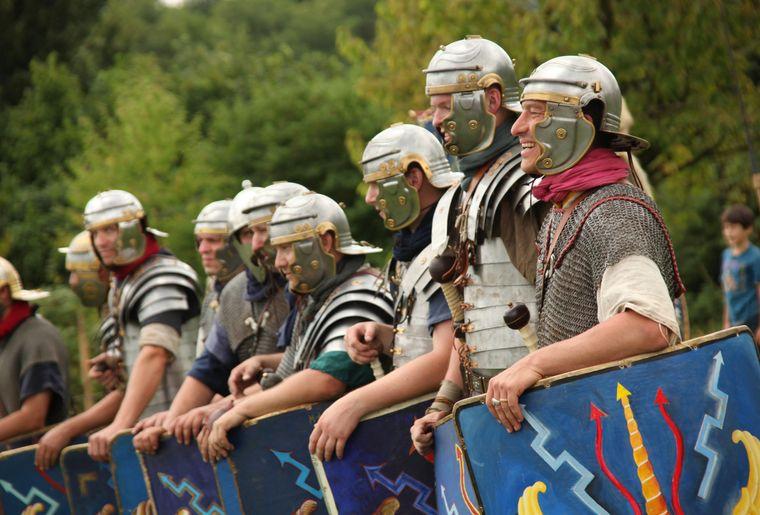 Augusta-Raurica_Legionaere-der-Legio-XI-am-Sommerprogramm_Foto-Susanne-Schenker.jpg