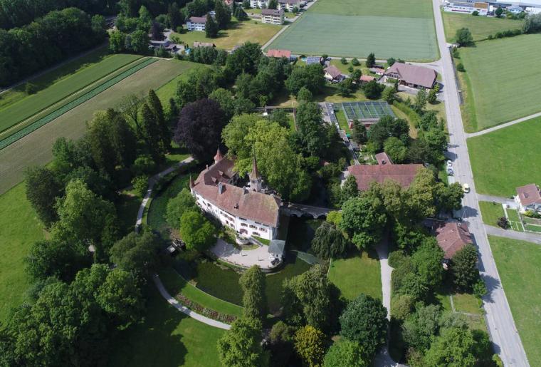 Schloss Landshut 4.png