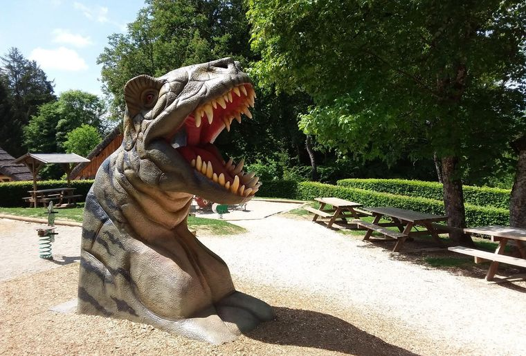 Dino-Zoo 3.jpeg