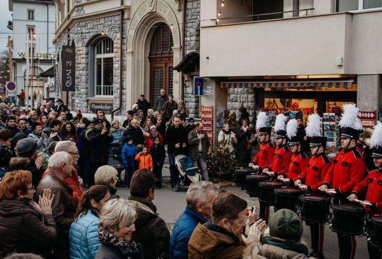 Weihnachtsmarkt am See Brunnen_4.jpg