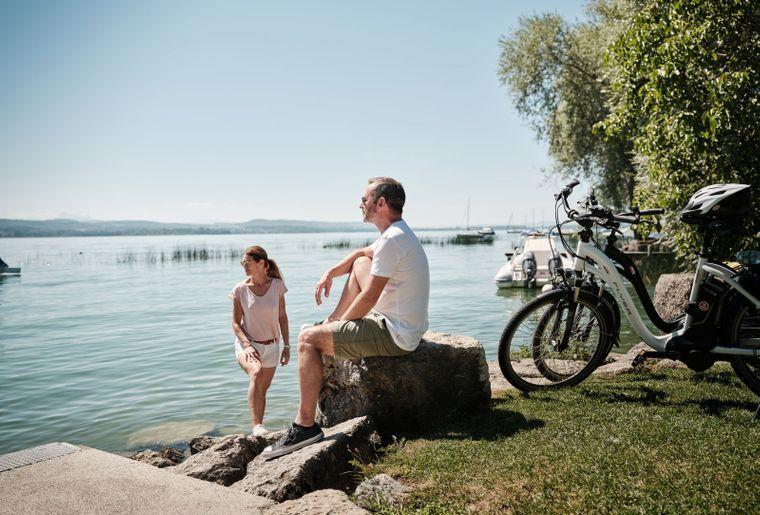 Dolce Vita am Ufer des Murtensees c Nicola Fuerer.jpg