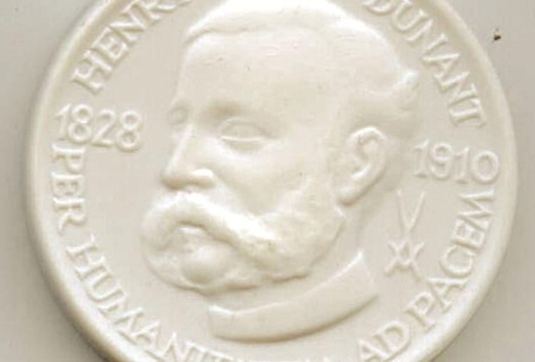 002_Dunant-Medaille.jpg