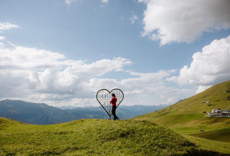 Giant Hearts 2 c Tourismus Adelboden-Lenk-Kandersteg.jpg
