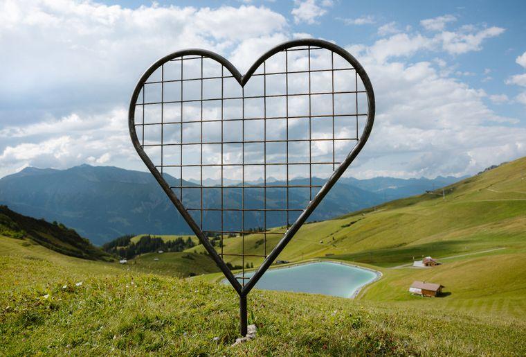Giant Hearts 3 c Tourismus Adelboden-Lenk-Kandersteg.jpg
