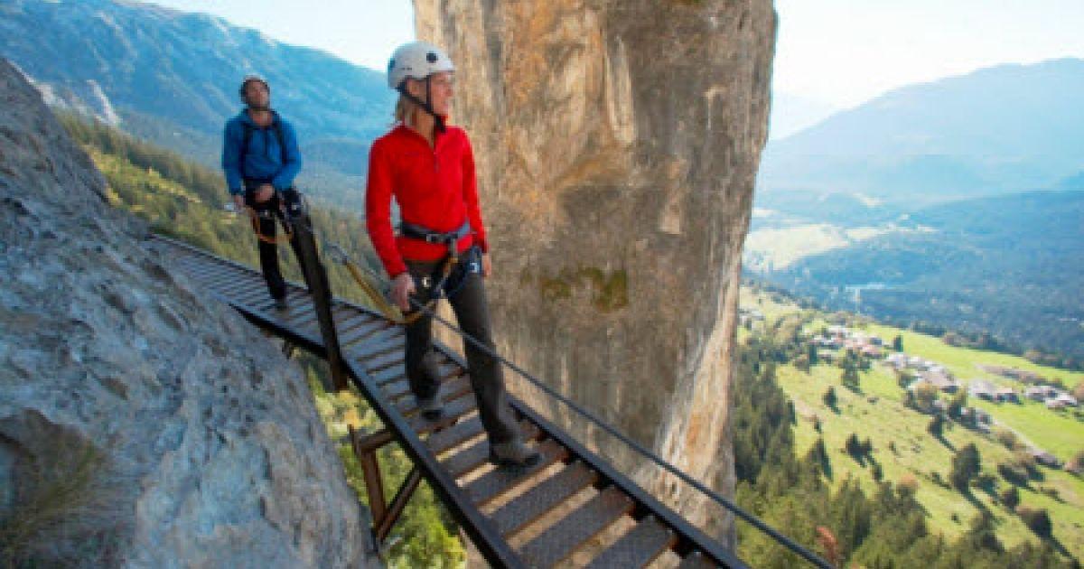 Klettersteig Graubünden : Historischer klettersteig pinut graubünden flims dorf wandern