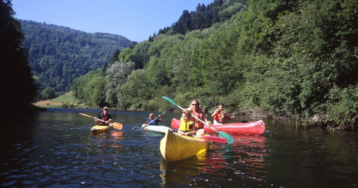 Kanu-Spass auf dem Doubs