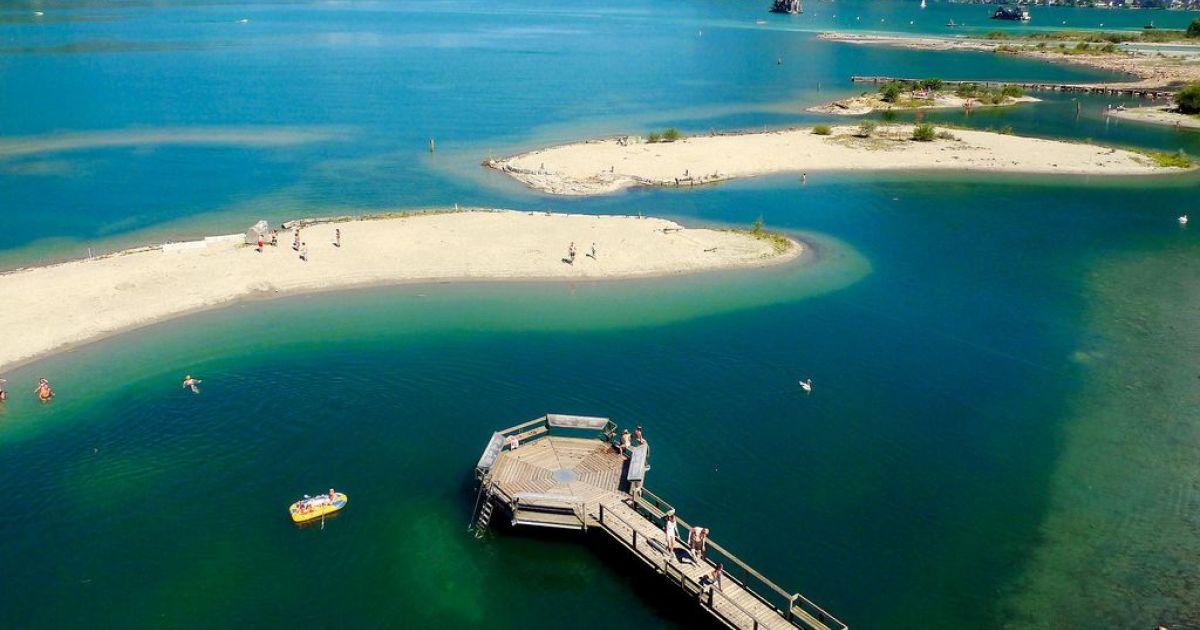 Die schönsten Inseln der Schweiz: Badeinseln Lorelei im Urnersee