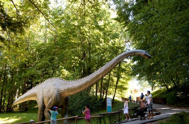 Dino-Erlebnisse im benachbarten Frankreich