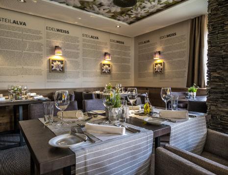 Der gemütliche Speisesaal im Valbella Inn Resort Lenzerheide