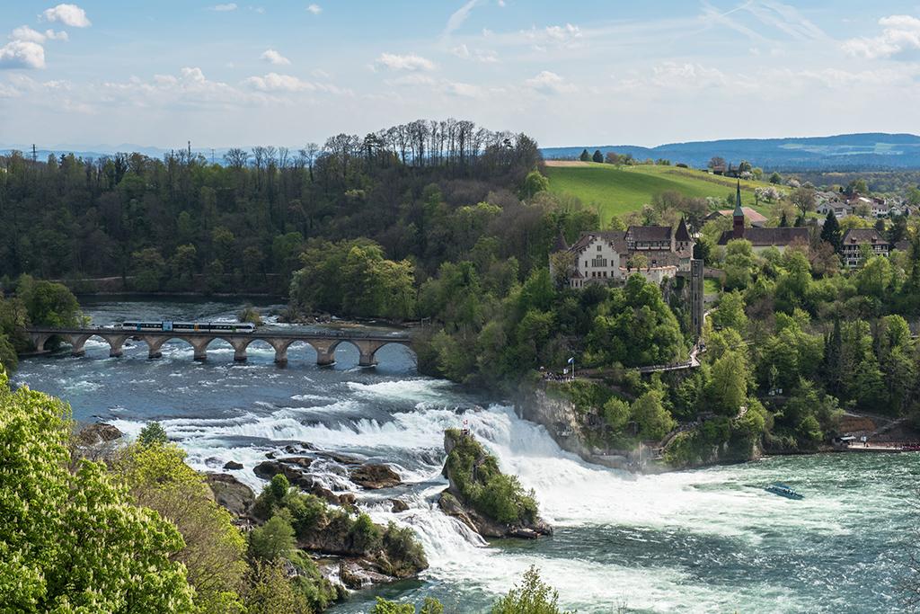 Der Rheinfall in Neuhausen – ein weltweite bekanntes Naturspektakel