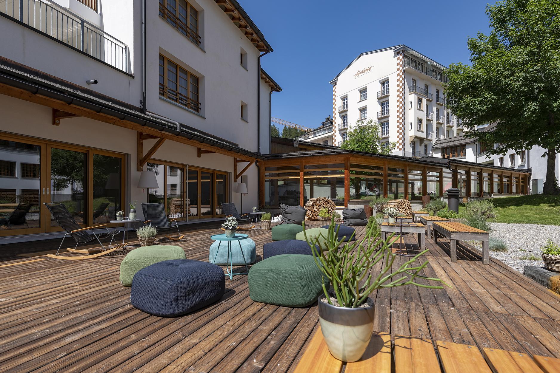 Aussenanschicht des Kinderhotels Schweizerhof Lenzerheide