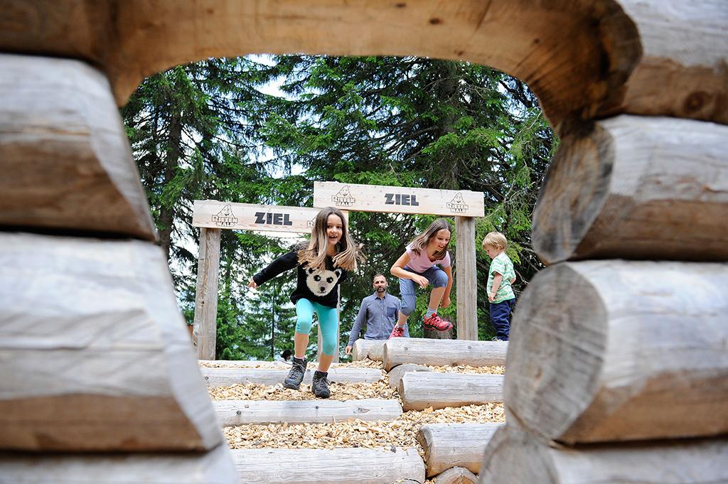 Familienparadies Kinderspielplatz Glarnerland Glarus